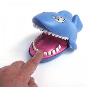 Large-electric-font-b-sharks-b-font-font-b-bite-b-font-finger-toys-parent-child